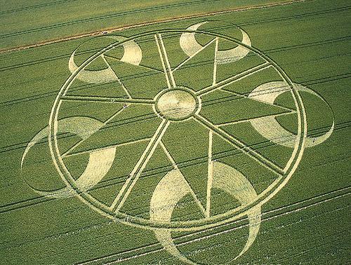 CropCirclePentagram2003